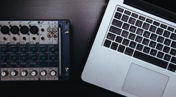 Laptop with mixer